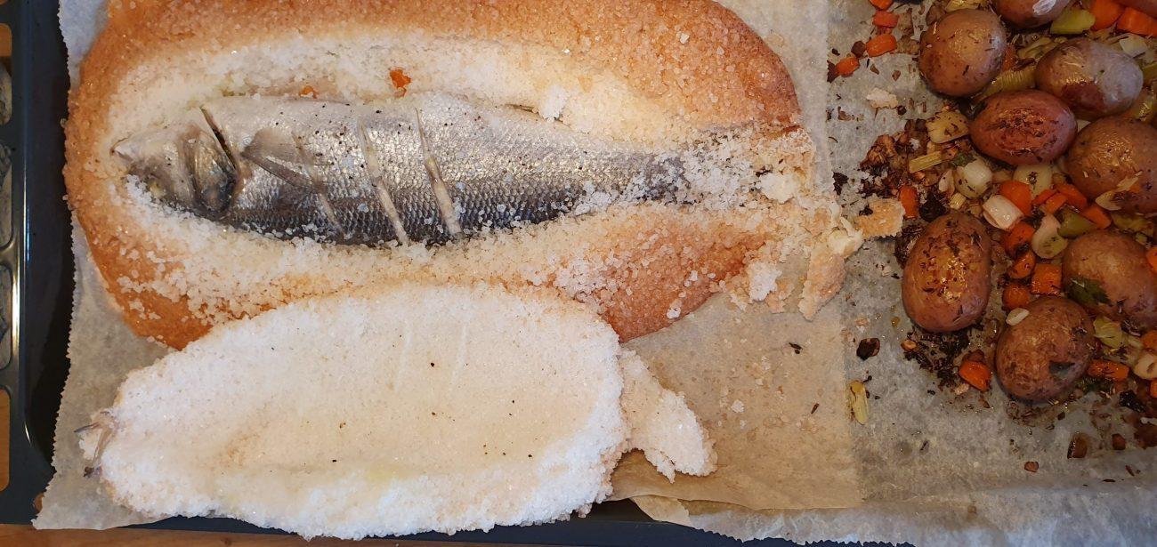 Zeebaars met zoutkorst