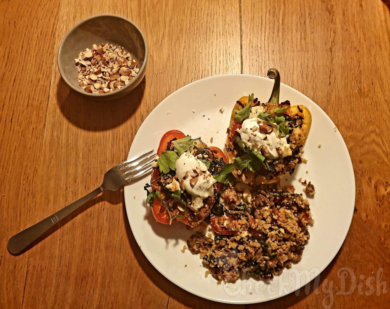 Gevulde paprika met couscous, gehakt en feta