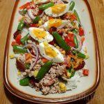 Koude rijst salade met tonijn